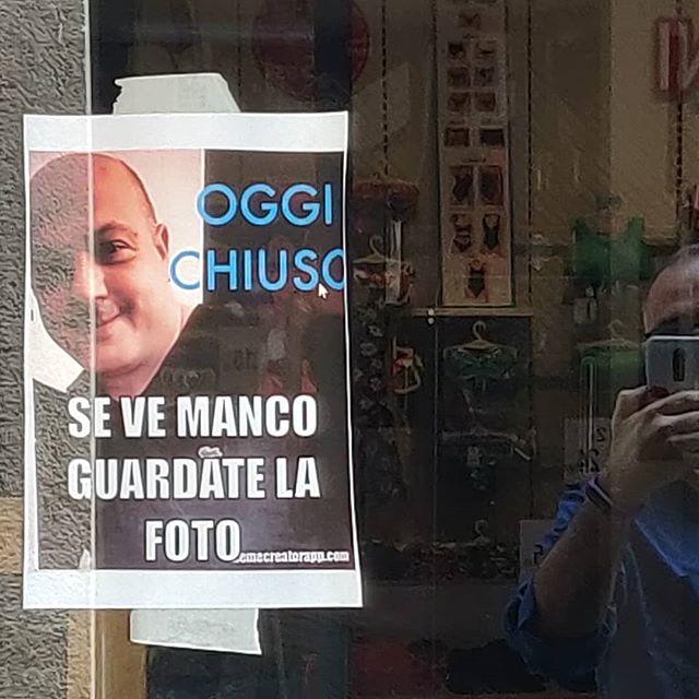 All'improvviso il genio#Lugano #oggi #chiuso #cartello #genio #percheiosoioevoinonsieteuncazzo #ticino #swiss #藍 # # # #